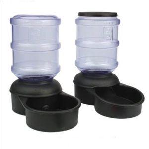 SALE $30 🆕 Gravity Feeder & Watering Set